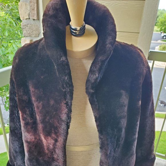Vintage Jackets & Blazers - Vintage faux fur coat